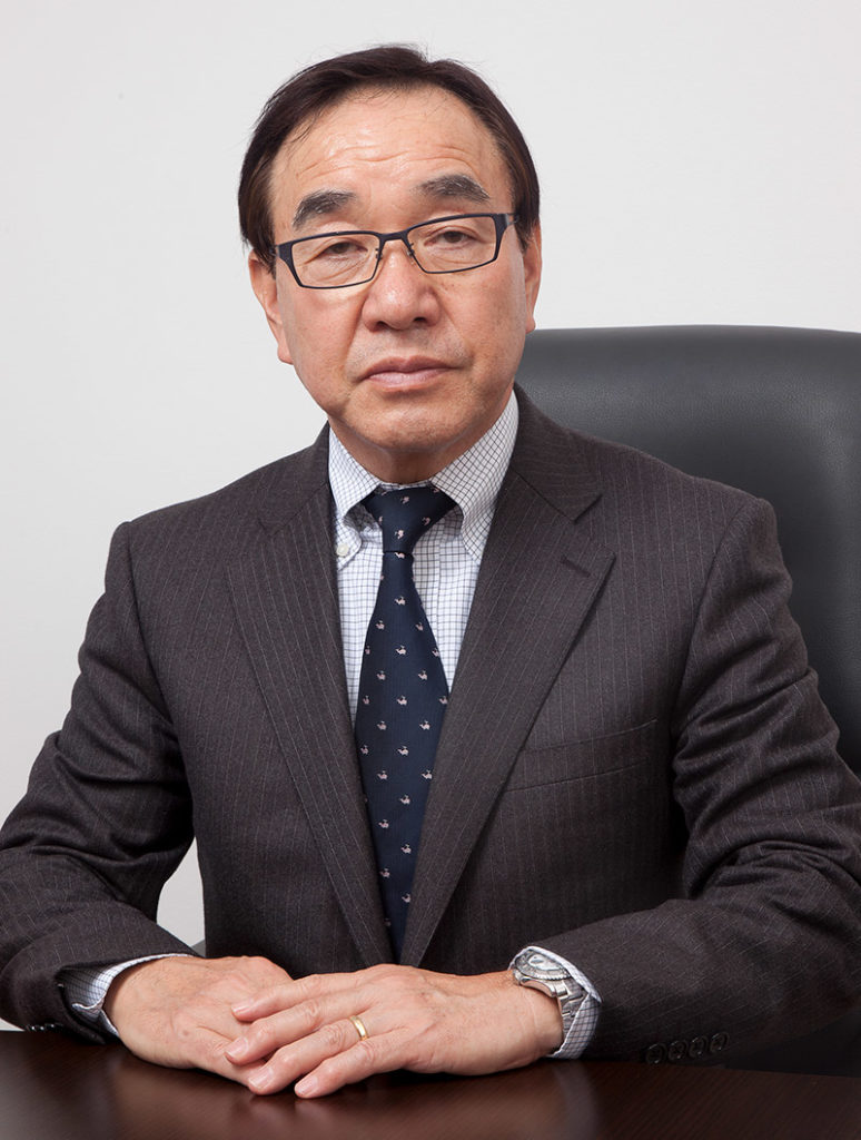 山崎 芳雄